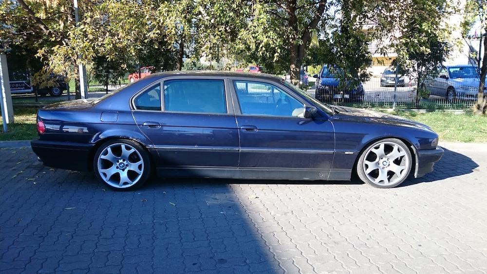 BMW_E38