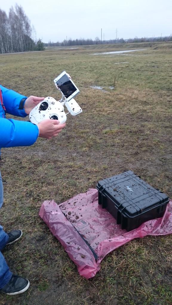 drone_mud